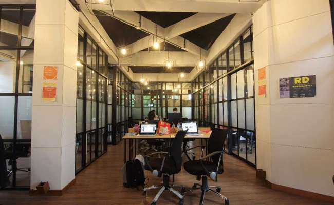 Office Space Coworking Solutions In Jakarta Flyspaces